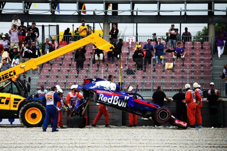 F1 | 【動画】ハートレーが大クラッシュしマシンが大破/F1スペインGPフリー走行3回目