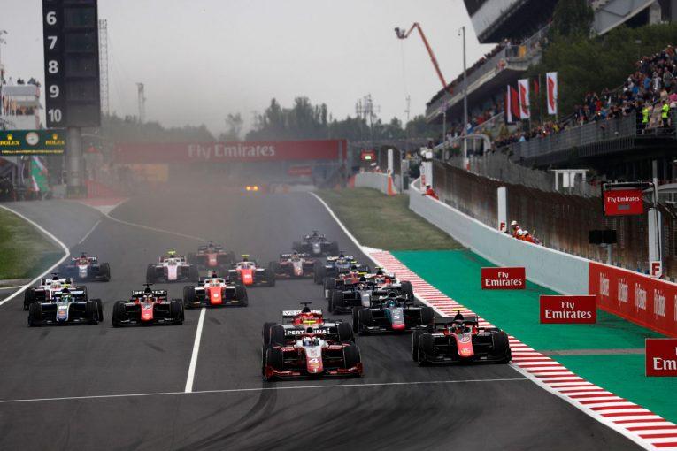 海外レース他 | FIA F2第3戦スペイン レース1:ラッセルが荒れたレースを制し2勝目。牧野が9位入賞