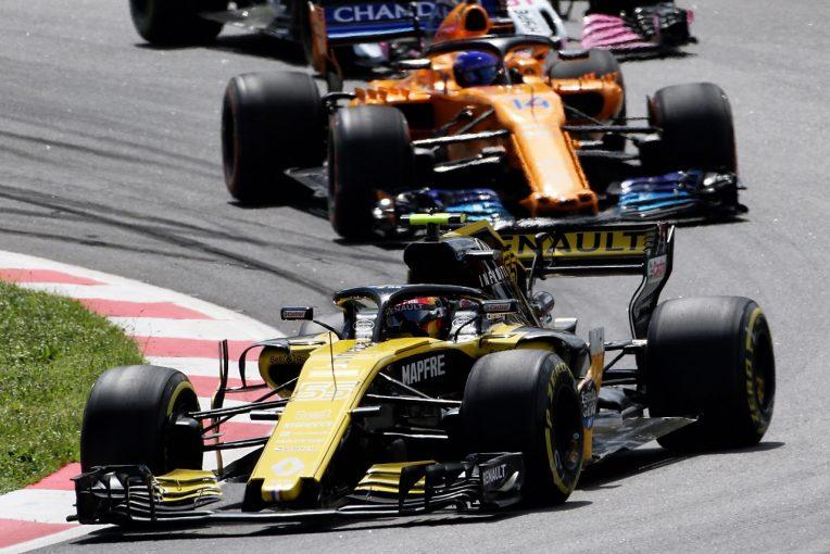F1   サインツの7位で、ルノーはマクラーレンを抜いてランキング4位に浮上:F1スペインGP日曜