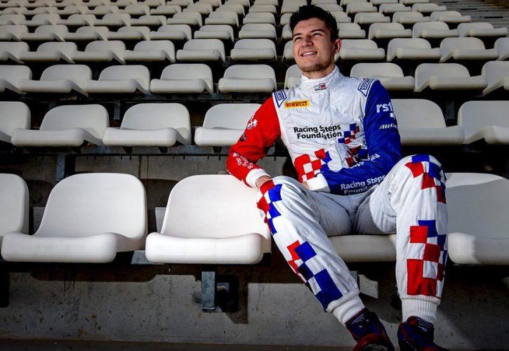 F1   ブランパンGT参戦中のデニス、レッドブルF1からバルセロナテストに参加することが決定