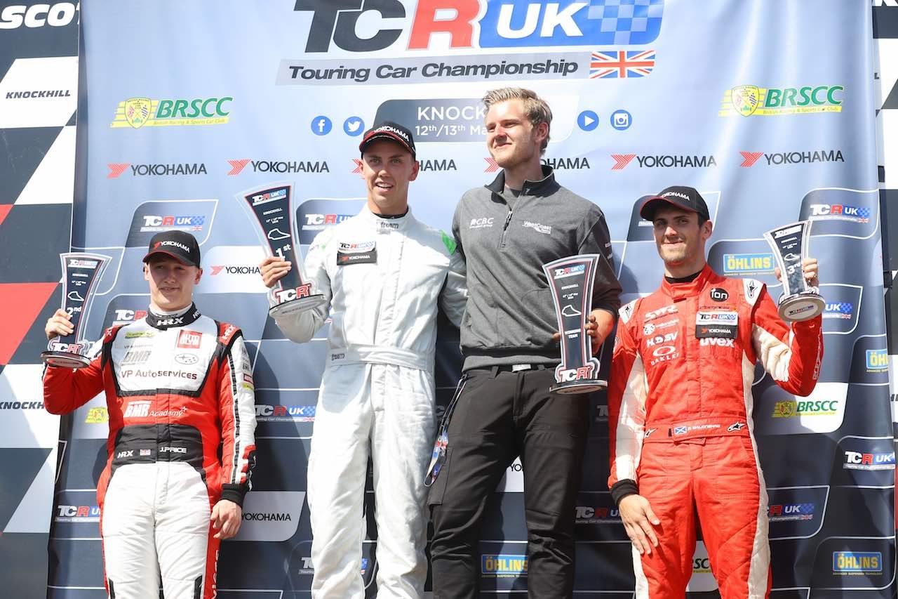 TCR UK:第2戦ノックヒル。BTCC経験者ダン・ロイドが独壇場の4連勝
