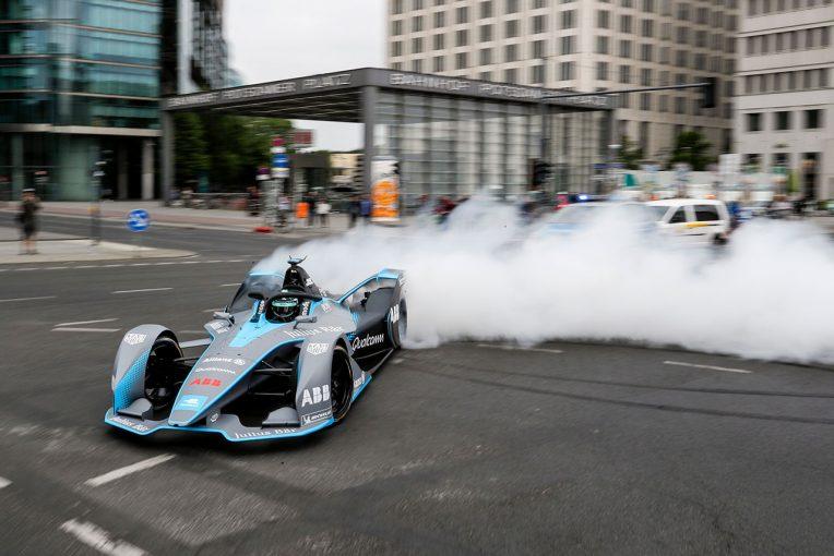 F1 | 自動車業界で進む電動化。元F1王者ロズベルグは「F1もいつかEV化を迫られるはず」と予想