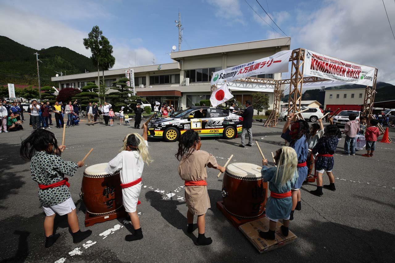 全日本ラリー第4戦:新井敏弘がサバイバルラリーを制し今季初優勝