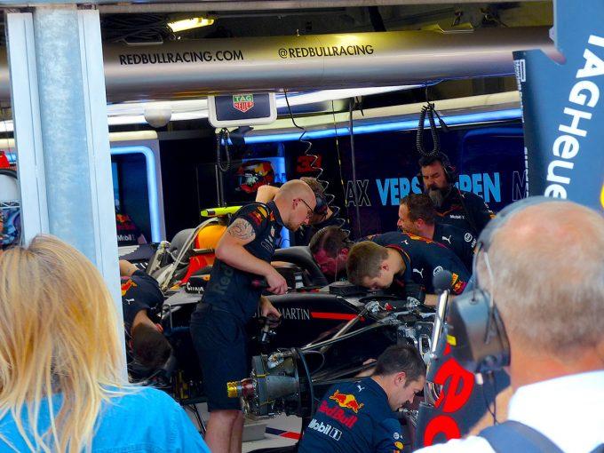 F1   F1 Topic:FP3でクラッシュしたフェルスタッペン、予選に出場できず