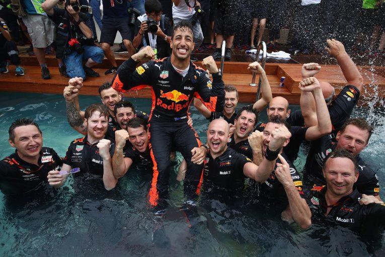 F1 | リカルド、PUトラブルを抱えながら優勝「泣きそうになったが、すぐに『勝つにはどうしたらいいか』考え始めた」F1モナコGP日曜