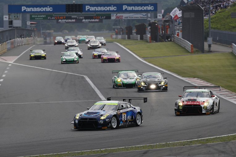 国内レース他 | 富士24時間がスタート。序盤からセーフティカー導入もポールスタートのENDLESS GT-Rがトップをキープ