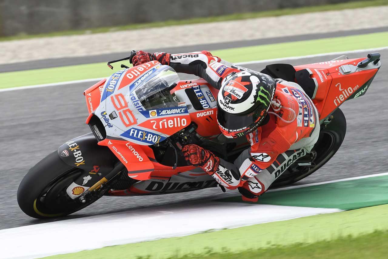 MotoGPイタリアGP決勝:ロレンソがドゥカティ初優勝で1-2フィニッシュを飾る。ロッシは維持の3位表彰台
