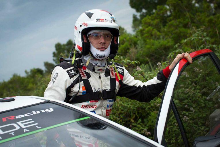 ラリー/WRC   WRC:トヨタ同士で僅差の表彰台争いも、ステージ完走後にラトバラがデイリタイア