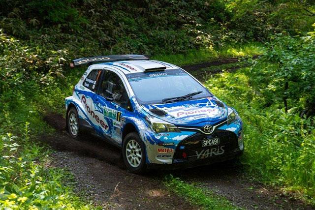 ラリー/WRC | 映画『OVER DRIVE』のトヨタ・ヤリス、JSR第2戦モントレーで総合優勝