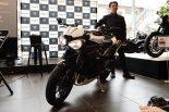 MotoGP | トライアンフがニューモデル発表会を開催。エンジン大幅刷新の新型スピードトリプルRSをアンベイル