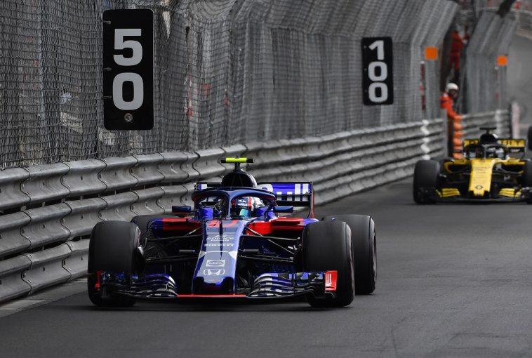 F1 | ホンダとルノーの新パワーユニット、0.3秒向上か。レッドブルの引き留め望むルノー、次回アップデートプランも明かす