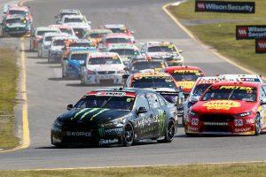 02_Race-19-Action-EV10-17-103051-300x200.jpg