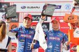 2位表彰台を獲得した大嶋和也とフェリックス・ローゼンクヴィスト