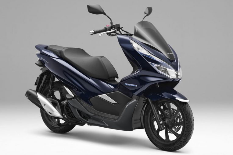 "MotoGP   ホンダ、2輪初""ハイブリッドシステム""採用の『PCX HYBRID』を9月14日に発売"