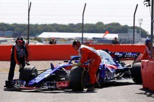 2018年F1第10戦イギリスGP FP2でピエール・ガスリーのマシンにトラブルが発生