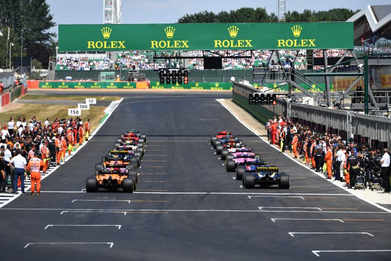 F1 | F1、ポイントシステムの見直しを検討。将来的には15位までポイントを割り当てか