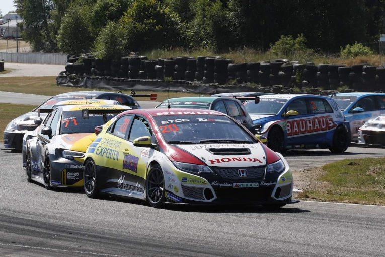 海外レース他   STCC:第3戦ファルケンベリでホンダが今季初優勝。TCR規定導入後の初勝利