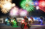 鈴鹿サーキットでモータースポーツの迫力と花火を同時に楽しめる『鈴鹿サーキット 花火 ザ パフォーマンス~光る!走る!打ちあがる!~』が開催される