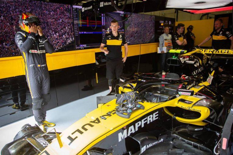 F1   中団グループのトップに君臨しているルノーF1、ドイツGPで新フロントウイングを投入