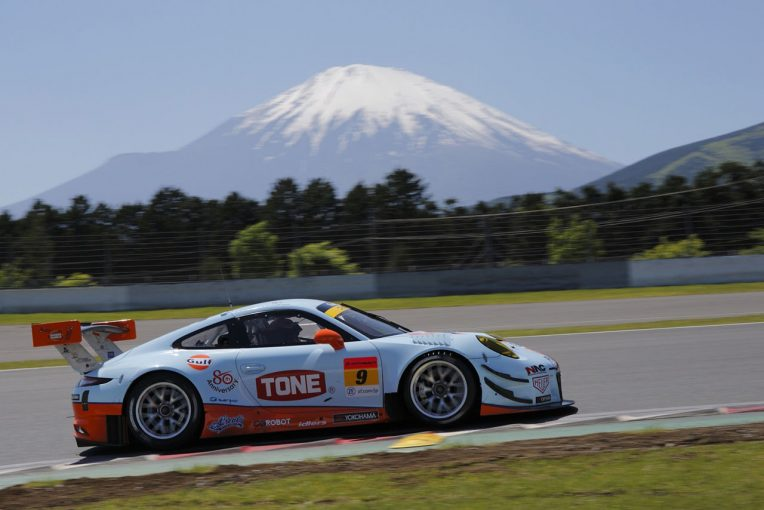 GULF NAC PORSCHE 911としてスーパーGT300クラスを戦うPACIFIC with GULF RACING