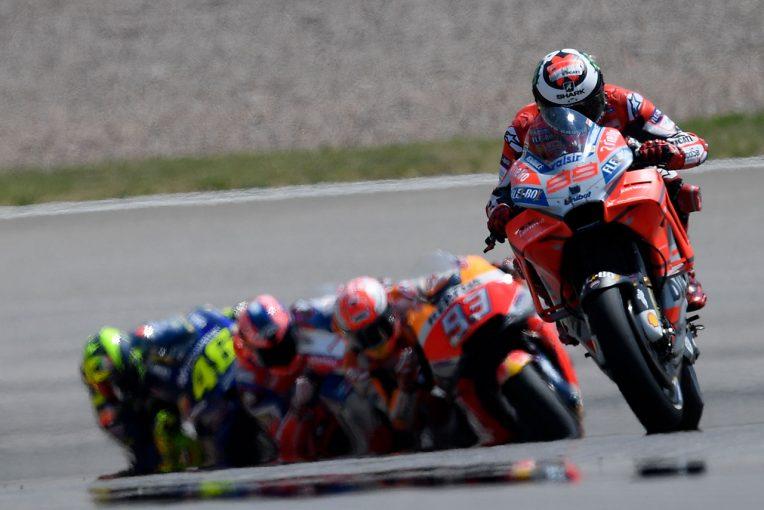 MotoGP | MotoGPドイツGP:ドゥカティのロレンソが守り切れなかった勝利。「セッティングの方向が悪かった」
