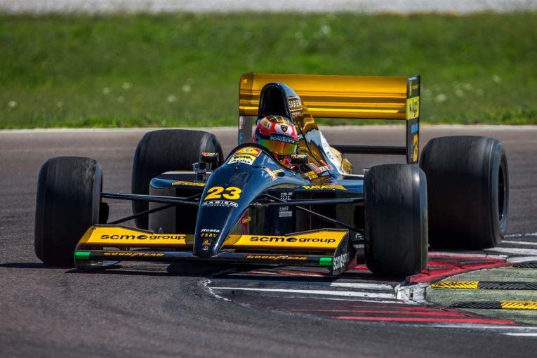 F1 | ランボルギーニの手によって1992年のミナルディF1が復活! 26年ぶりにレース参戦へ