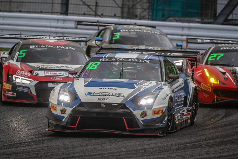 ル・マン/WEC   ブランパンGTアジア:谷口行規操る18号車GT-Rが富士で優勝。木下/砂子塾長組BMWは2連勝