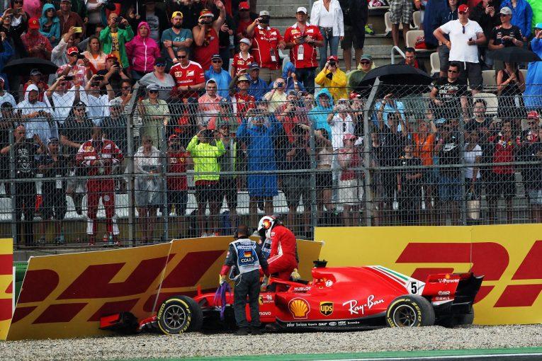F1   ベッテルをかばうフェルスタッペン「あのクラッシュは誰にでも起こり得たこと」