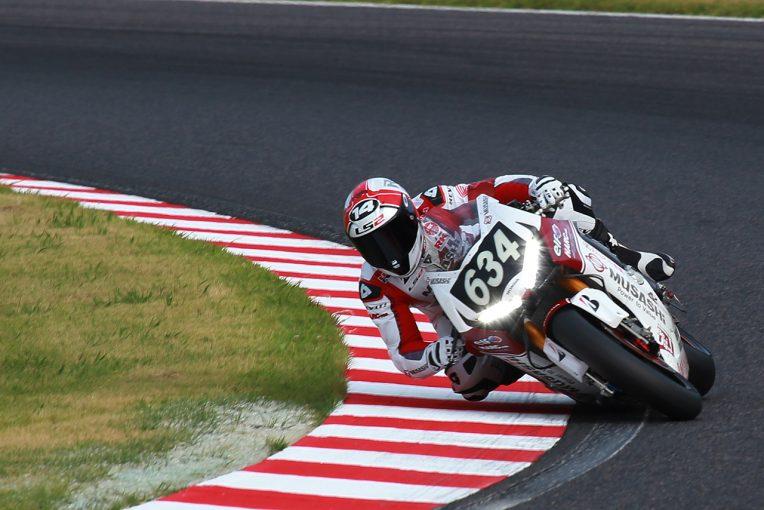 MotoGP | 鈴鹿8耐:直前のライダー交代劇を演じたハルク・プロとモリワキが語る初日の手ごたえ