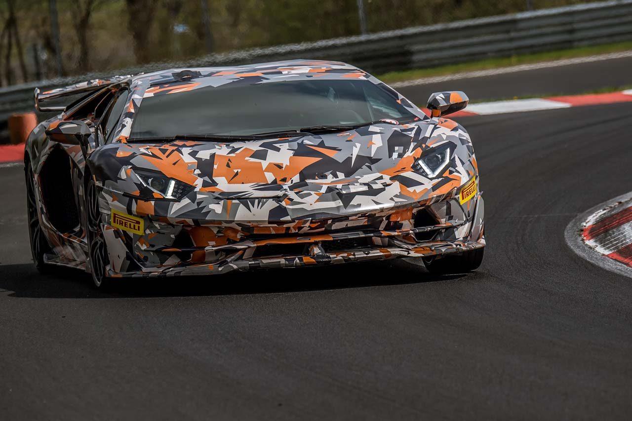 ランボルギーニ・アヴェンタドールSVJ、ニュル北コース量産車最速を更新