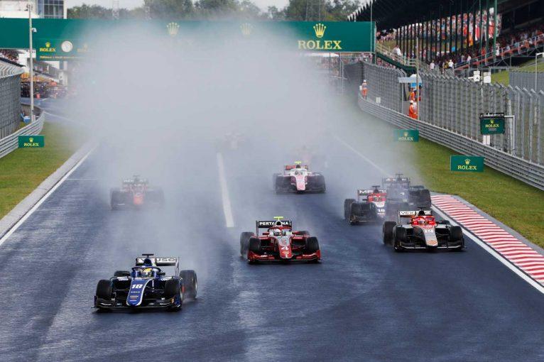 海外レース他 | FIA F2第8戦ハンガリー レース1:デ・フリースが今季2勝目。牧野と福住はダブル入賞