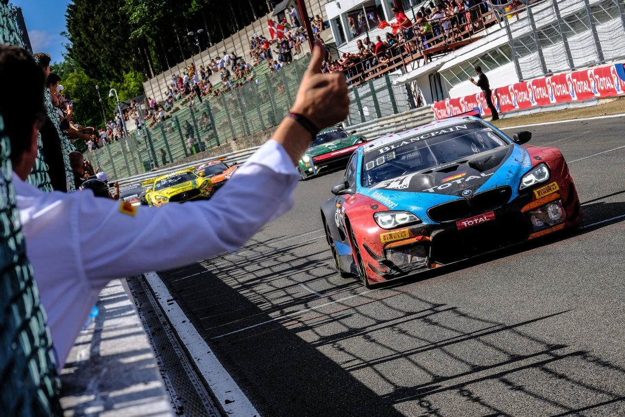 スパ24時間:ワーケンホルスト34号車BMWがローヴェとの同門対決を制す。ニッサンGT-Rは7位入賞