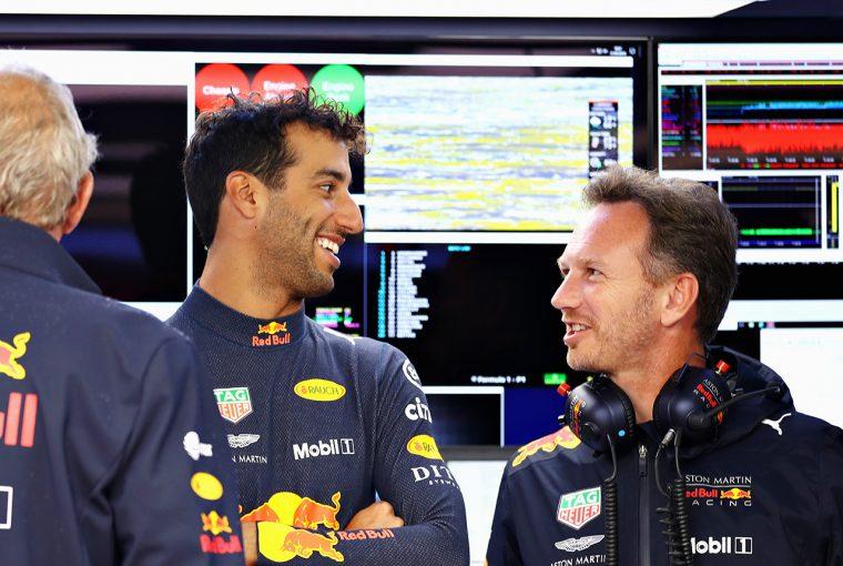F1 | 「最初はリカルド得意のジョークかと思った」とのホーナー代表のコメントから推測する、ルノーF1電撃移籍の理由