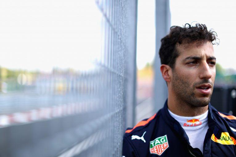 F1 | レッドブルF1代表、リカルド離脱の要因は「フェルスタッペンの急激な成長」と語る