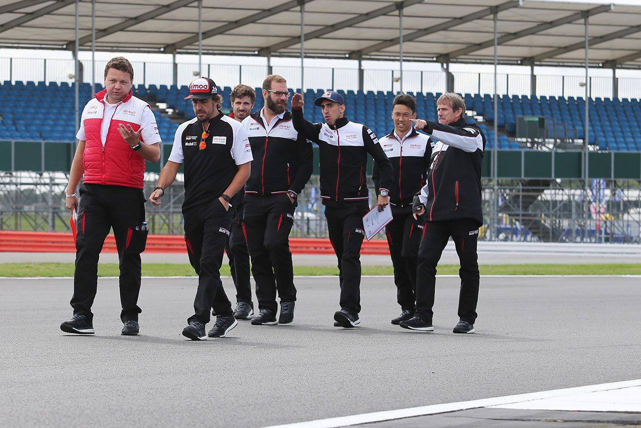 "F1""引退""宣言のアロンソ「今のF1は僕が思い描くものと違う」。復帰の道残した理由も明かす"