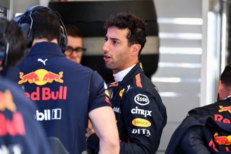 F1 | リカルド、FP1でトラブル発生「走行時間を失い、大幅に後れを取っている」:F1ベルギーGP金曜
