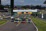 スーパーGT | 鈴鹿10時間スタート! 酷暑のなかの序盤は首位28号車フェラーリにペナルティの波乱も