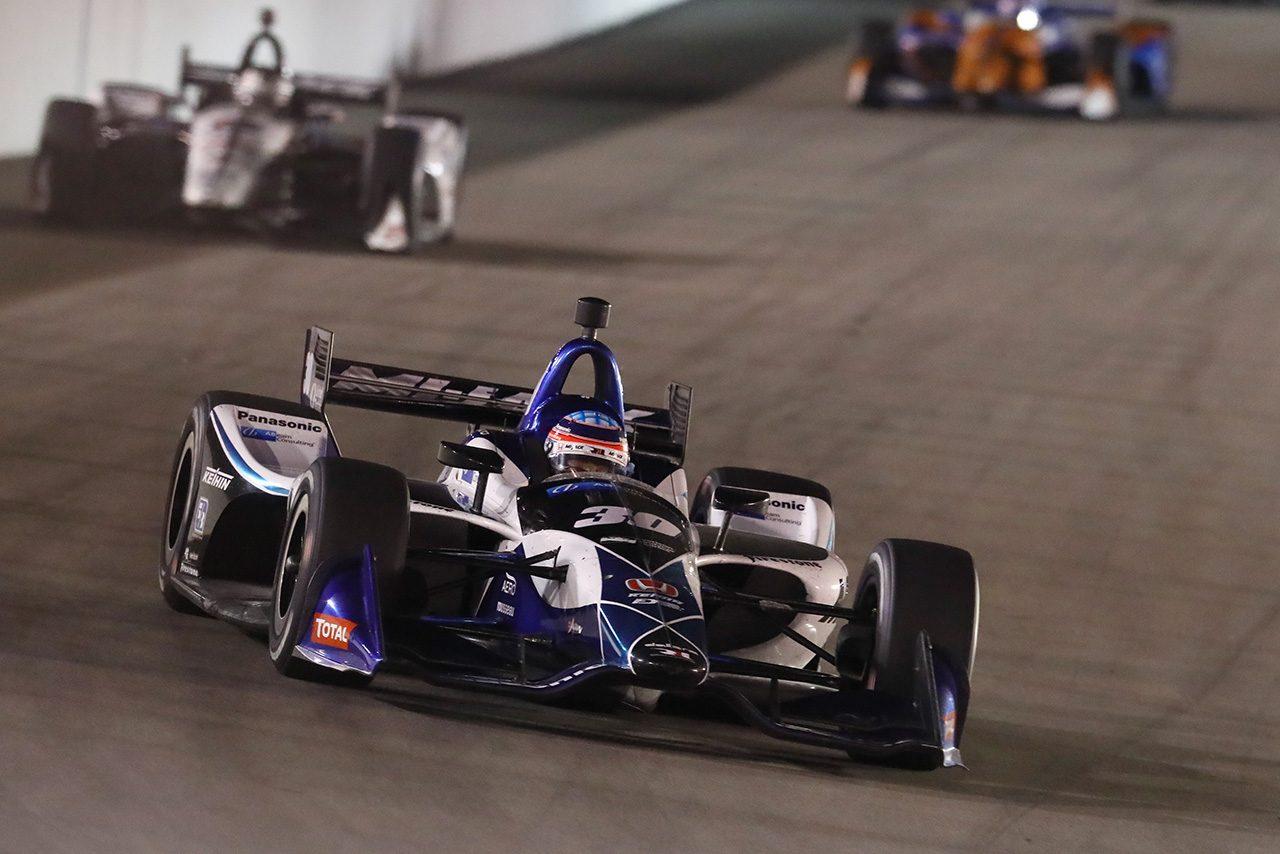 琢磨のインディカー150戦目は我慢のレースに「まだまだ若い人には負けない」