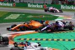 F1 | ガスリー、アグレッシブすぎるアロンソを非難。「あんな振舞いはありえない」