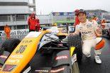 国内レース他 | 全日本F3選手権第14戦岡山:ヘビーウエットのなか坪井が逃げ切り。今季11勝目