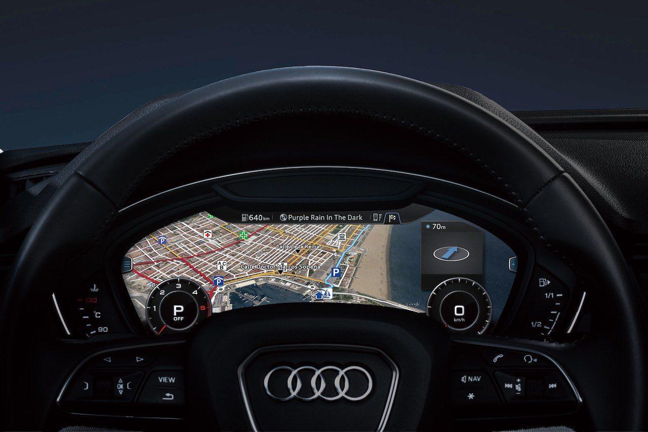 漆黒をまとう『アウディQ5』限定車が登場。『アウディA1』にも同テーマの限定車