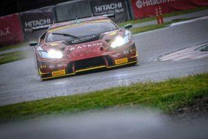 プロ・アマクラスの3位表彰台を獲得した87号車ランボルギーニ・ウラカンGT3