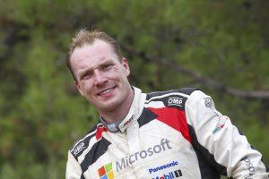 2位表彰台を獲得したヤリ-マティ・ラトバラ(トヨタ・ヤリスWRC)