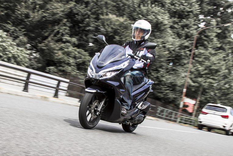 MotoGP | 2輪初ハイブリッド搭載の『ホンダPCX HYBRID』はPCX150以上にトルクフル/市販車試乗レポート