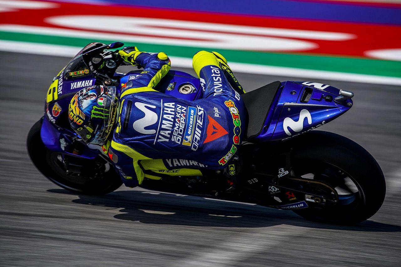 ホームレースのサンマリノGPを7位で終えたロッシはある疑問を口にした。