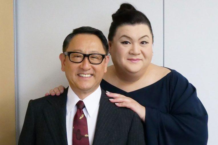 会期初日にスペシャルトークショーを行う豊田章男氏とマツコ・デラックスさん