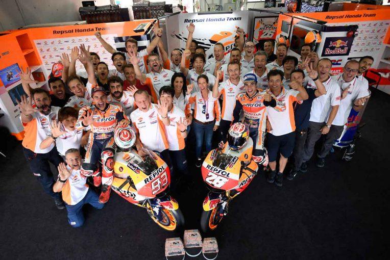 2017MotoGPアラゴンGPでワン・ツーを達成したマルケスとペドロサ