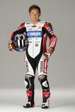 レーシングスーツも赤と白を基調したもので日本グランプリに挑む