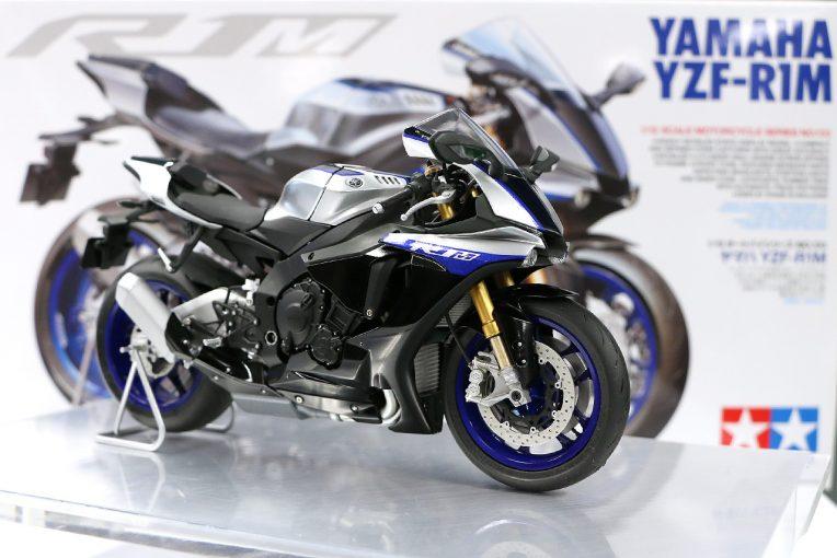 9月に発売されたタミヤの『1/12スケールモデル ヤマハYZF-R1M』
