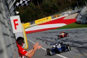レース3ではフェラーリ支配下のシュワルツマンが初優勝を奪った